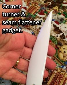Corner turner